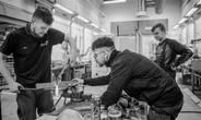 Fremtidens arbejdsmarked efterspørger medarbejdere med uddannelser inden for naturvidenskab, teknologi, ingeniørvidenskab og matematik, og erhvervsuddannelserne udgør her en vigtig uddannelsesvej, skriver dette indlægs forfattere. Arkivfoto: Søren Vendelbo