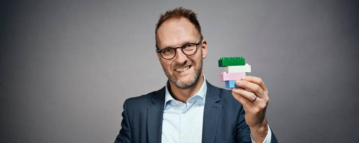 Jørgen Vig Knudstorp er nu tidligere bestyrelsesformand i Lego A/S. I stedet har familien sat sig på formandsposten med Thomas Kirk Kristiansen i spidsen. Jørgen Vig Knudstorp bliver i stedet menigt bestyrelsesmedlem. Foto: Kirkbi
