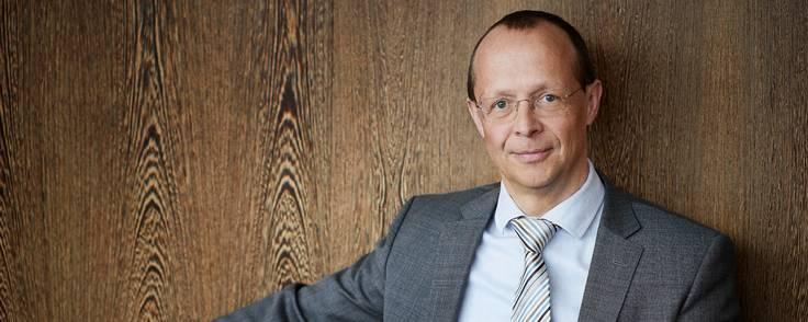 Anders Stubbe Arndal nåede at være daglig chef i Kromann Reumert i trekvart år, før verden på det nærmeste blev væltet af coronavirussen.  En af de ting, han tager med sig, er behovet for at være en synlig leder - især i en tid, hvor medarbejderne er usikre. Foto: David Perrin