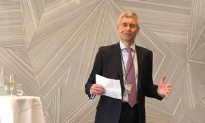 Andrew Darwin har tilbragt hele sin karriere i DLA Piper og støt og roligt arbejdet sig op til toppen af et af verdens største advokatfirmaer. Foto: DLA Pipe