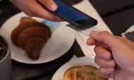 Selvstændige og små virksomheder kan få en nemmere og billigere hverdag ved at anvende Vibrants nye app som betalingsterminal, påstår selskabet. Foto: PR