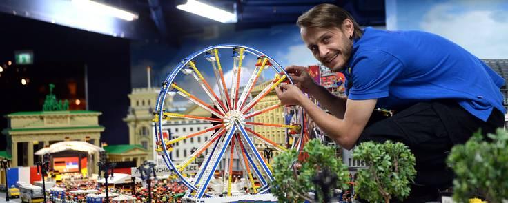 Det nye Lego Center er lukket land for voksne uden børn. Foto: Britta Pedersen/picture-alliance/dpa/AP Images