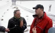Howard Wilkinsons advokat, Stephen M. Kohn (tv), afholdt i 2010 et pressemøde med sin klient Bradley Birkenfeld, da han var på vej til afsoning i Schuylkill County Federal Correctional Institution for at have hjulpet velhavere med skattesnyd. Arkivfoto: AP Foto/Carolyn Kaster.