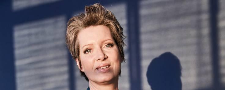 Marie Scott Poulsen, som har skrevet flere bøger, har siden 2019 været uddelingschef i KFI Erhvervsdrivende Fond.  Foto: KFI