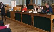 Kvindeøkonomien afholdte et arrangement på Christiansborg. Det var bl.a. ligestilling på pensionsområdet, der blev diskuteret i en paneldebat. Foto: Maiken Reimer Rønneberg