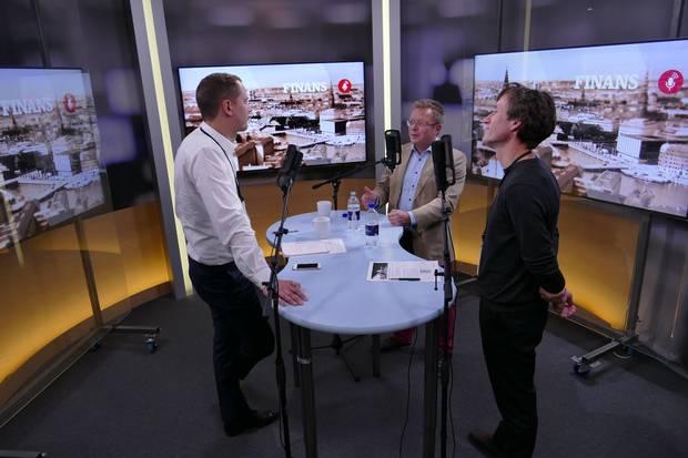 Magnus Barsøe (tv.), debatredaktør på Finans, Anders Heide Mortensen, kommentator og kommunikationsrådgiver og Søren Linding, virksomhedsredaktør.